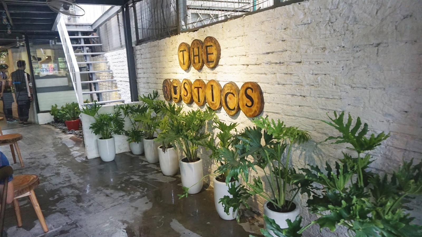 Dự án tại Cafe The Rustics 21b Điện Biên Phủ
